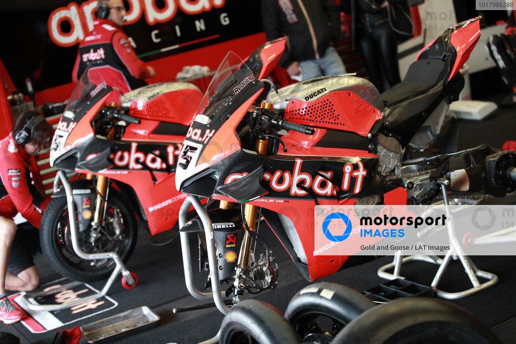 Bike of Scott Redding, Aruba.it Racing Ducati.