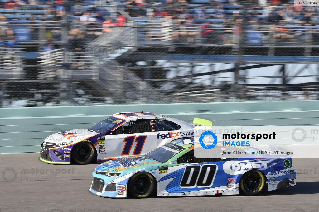 #11: Denny Hamlin, Joe Gibbs Racing, Toyota Camry FedEx Express, #00: Landon Cassill, StarCom Racing, Chevrolet Camaro International Marine