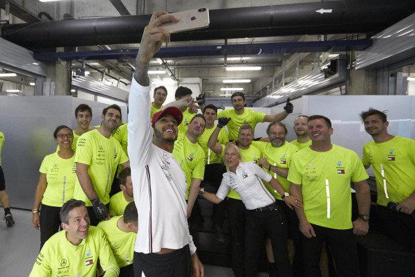 Lewis Hamilton, Mercedes AMG F1, 1st position, celebrates with his team