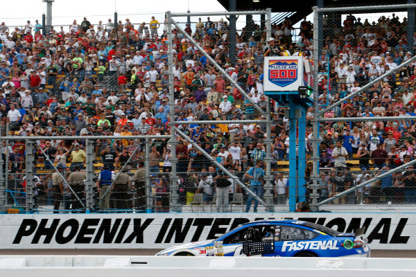 8-10 November, 2013, Avondale, Arizona USA Carl Edwards coasts across the start finish line after running out of fuel ©2013, Lesley Ann Miller LAT Photo USA