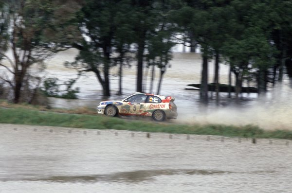 1998 World Rally Championship.New Zealand Rally, New Zealand. 24-27 July 1998.Carlos Sainz/Luis Moya (Toyota Corolla WRC), 1st position.World Copyright: LAT PhotographicRef: 35mm transparency 98RALLY07