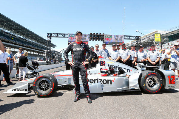 Verizon IndyCar Series Indianapolis 500 Carb Day Indianapolis Motor Speedway, Indianapolis, IN USA Friday 26 May 2017 Will Power, Team Penske Chevrolet Pit Stop Competition World Copyright: Russell LaBounty LAT Images