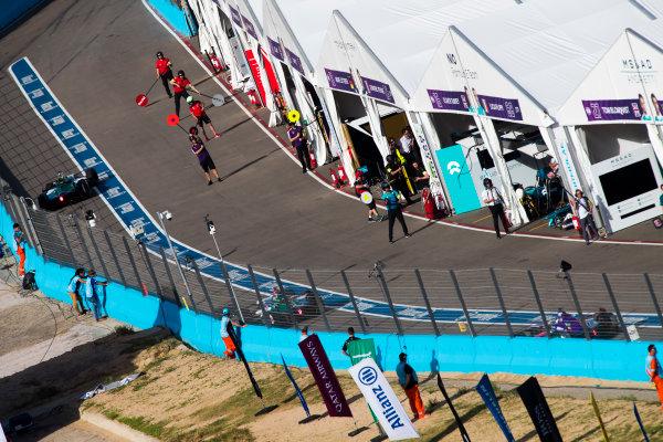 Lucas Di Grassi (BRA), Audi Sport ABT Schaeffler, Audi e-tron FE04, Daniel Abt (GER), Audi Sport ABT Schaeffler, Audi e-tron FE04. & Alex Lynn (GBR), DS Virgin Racing, DS Virgin DSV-03.