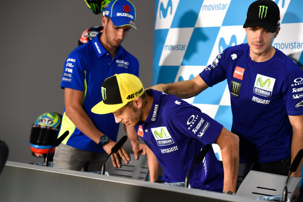 2017 MotoGP Championship - Round 14 Aragon, Spain. Thursday 21 September 2017 Valentino Rossi, Yamaha Factory Racing, Maverick Viñales, Yamaha Factory Racing World Copyright: Gold and Goose / LAT Images ref: Digital Image 693401