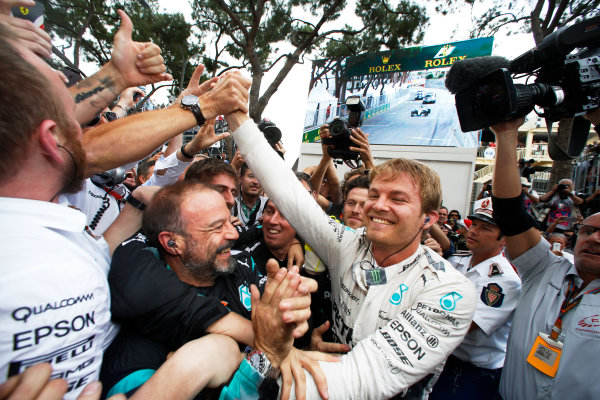 Monte Carlo, Monaco. Sunday 24 May 2015. Nico Rosberg, Mercedes AMG, 1st Position, celebrates with his team. World Copyright: Charles Coates/LAT Photographic. ref: Digital Image _J5R7186