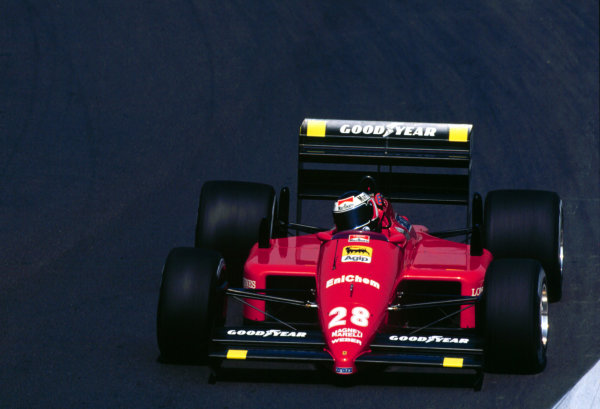 1988 Hungarian Grand Prix.Hungaroring, Budapest, Hungary.5-7 August 1988.Gerhard Berger (Ferrari F187/88C) 4th position. Ref: 88HUN04. World Copyright - LAT Photographic