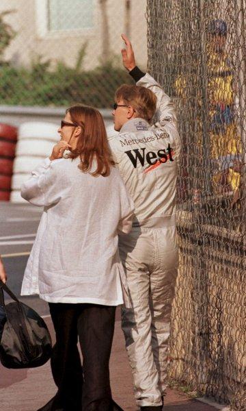 1998 Monaco Grand Prix.Monte Carlo, monaco.21-24 May 1998.Mika Hakkinen (McLaren Mercedes-Benz) with his girlfriend Erja.World Copyright - LAT Photographic