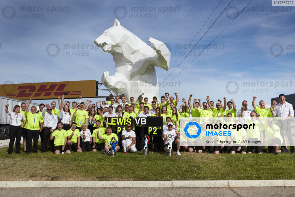 Lewis Hamilton, Mercedes AMG F1, 1st position, Valtteri Bottas, Mercedes AMG F1, 2nd position, and the Mercedes team celebrate victory and the teams 50th 1-2 finish