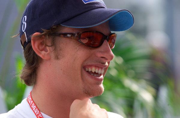 2001 Malaysian Grand Prix.Sepang, Kuala Lumpur, Malaysia. 16-18 March 2001.Jenson Button (Benetton Renault).World Copyright - Steve Etherington/LAT Photographic. ref: 18mb Digital Image