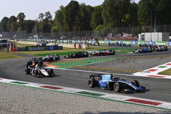 Felipe Drugovich (BRA, Uni-Virtuosi), Theo Pourchaire (FRA, ART Grand Prix), Juri Vips (EST, Hitech Grand Prix), Ralph Boschung (CHE, Campos Racing)