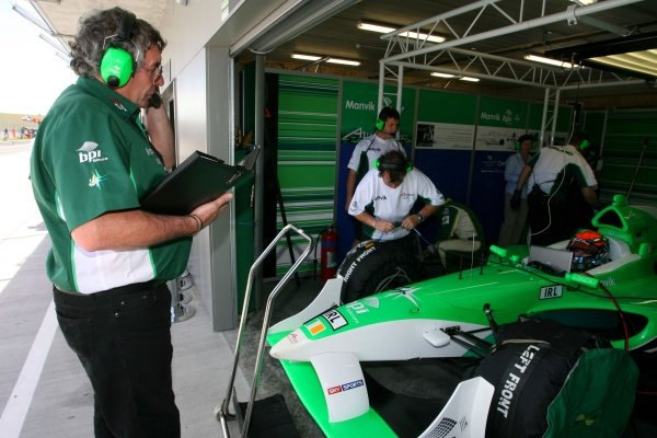 19.01.2007 Taupo, New Zealand,  Gary Anderson, A1Team Ireland race engineer - A1GP World Cup of Motorsport 2006/07, Round 6, Taupo, Friday Practice - Copyright A1GP Team Ireland - Copyright free for editorial usage
