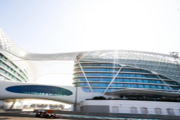 2017 FIA Formula 2 Test 3. Yas Marina Circuit, Abu Dhabi, United Arab Emirates. Friday 1 December 2017. Rene Binder (AUT, Rapax).  Photo: Joe Portlock/FIA Formula 2. ref: Digital Image _R3I1827