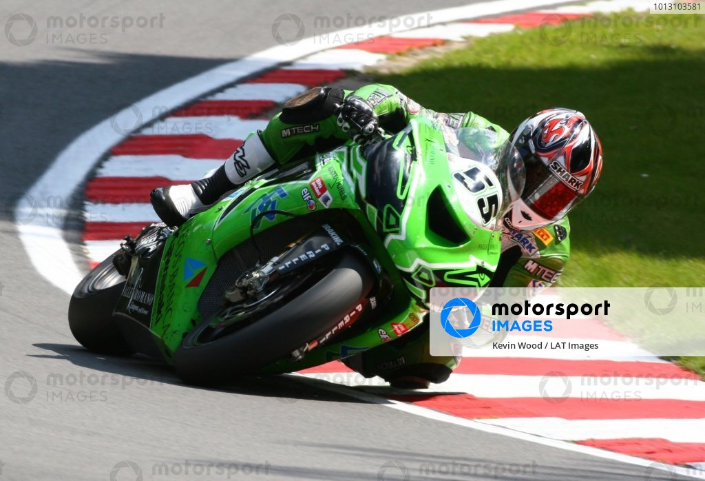 2007 World Superbike Championship. Brands Hatch, England. 3rd - 5th August 2007. Regis Laconi, Kawasaki ZX10R, action. World Copyright: Kevin Wood/LAT Photographic ref: Digital Image