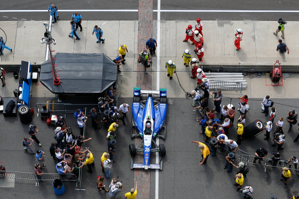 Verizon IndyCar Series Indianapolis 500 Race Indianapolis Motor Speedway, Indianapolis, IN USA Sunday 28 May 2017 Takuma Sato, Andretti Autosport Honda drives into victory lane World Copyright: Russell LaBounty LAT Images