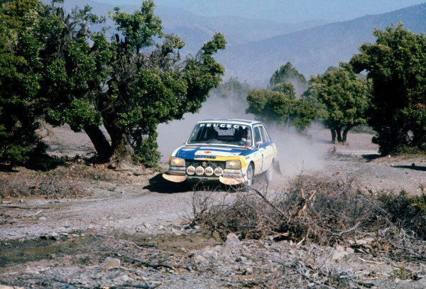 Morocco Rally, Casablanca, Morocco. 24th - 28th June 1975 Hannu Mikkola/Jean Todt (Peugeot 504), 1st position, action. World Copyright: LAT Photographic Ref: Colour Transparency.