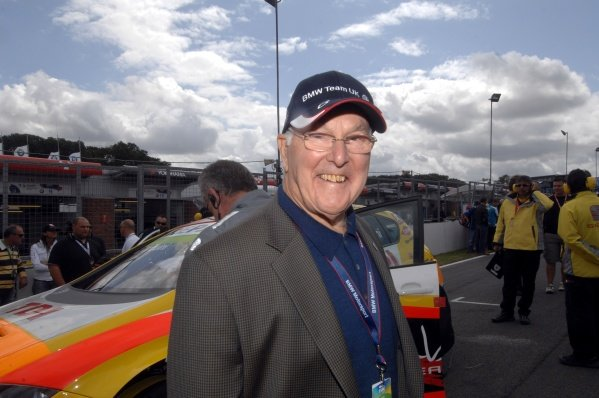 Commentating legend Murray Walker (GBR).