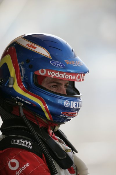 2007 Australian V8 Supercars.Bahrain International Circuit. Sakhir, Bahrain.2nd - 4th November. Jamie Whincup during the V8 Supercar Desert 400. Portrait. World Copyright: Mark Horsburgh/LAT Photographic. Ref: Digital Image 88-Whincup-RD12-07-3882