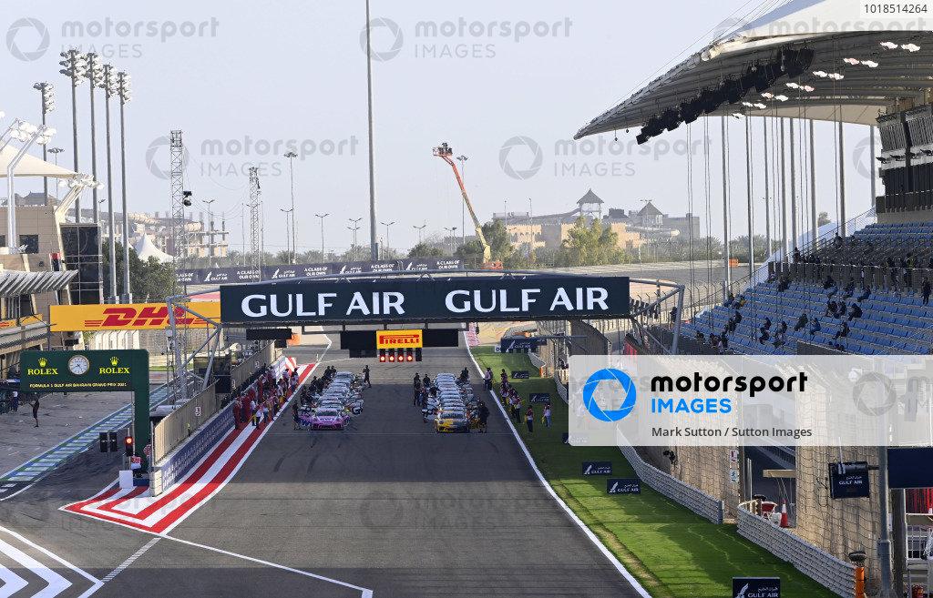 The Porsche Sprint Challenge Middle East grid takes shape