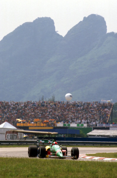 Jacarepagua, Rio de Janeiro, Brazil.24-26 March 1989.Johnny Herbert (Benetton B188 Ford) 4th position.Ref-89 BRA 05.World Copyright - LAT Photographic