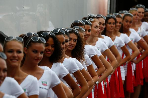 Monte Carlo, Monaco. Saturday 23 May 2015. Grid Girls. World Copyright: Andy Hone/LAT Photographic. ref: Digital Image _ONZ9643
