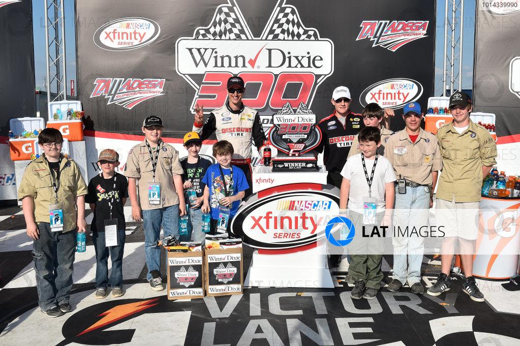 1-2 May, 2015, Talladega, Alabama USA Joey Logano (22), Celebrates in Victory Lane. ©2015, John Harrelson / LAT Photo USA
