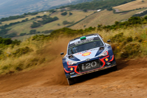 Sideways at speed, Hayden Paddon on Rally d'Italia Sardinia