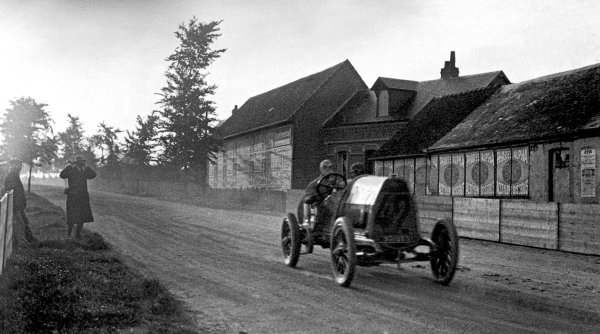 1912 French Grand Prix.Dieppe, France. 25-26 June 1912.Ralph de Palma (Fiat S74), disqualified. Published Autocar 22/6/1912.World Copyright - LAT Photographic