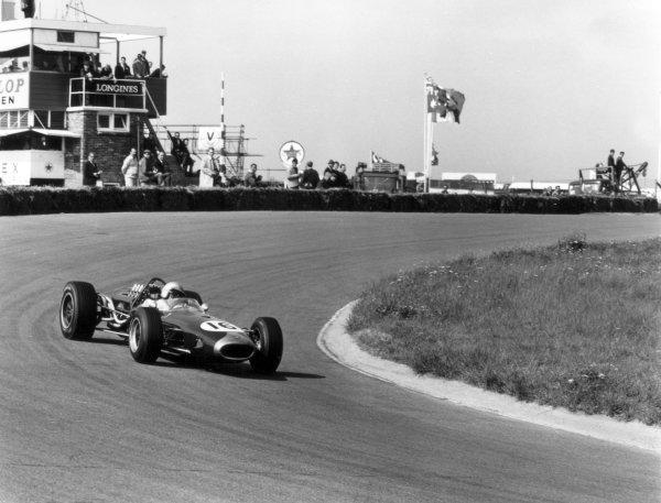 1966 Dutch Grand Prix.Zandvoort, Holland. 24 July 1966.Jack Brabham, Brabham BT19-Repco, 1st position, action.World Copyright: LAT PhotographicRef: 35946
