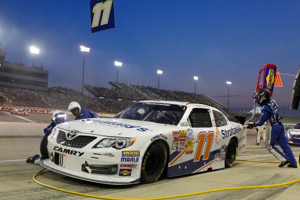1-2 August, 2014, Newton, Iowa USA Elliott Sadler, Stratasys Toyota Camry pit stop ?2014, Russell LaBounty LAT Photo USA