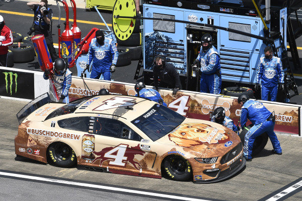 #4: Kevin Harvick, Stewart-Haas Racing, Ford Mustang Busch Dog Brew