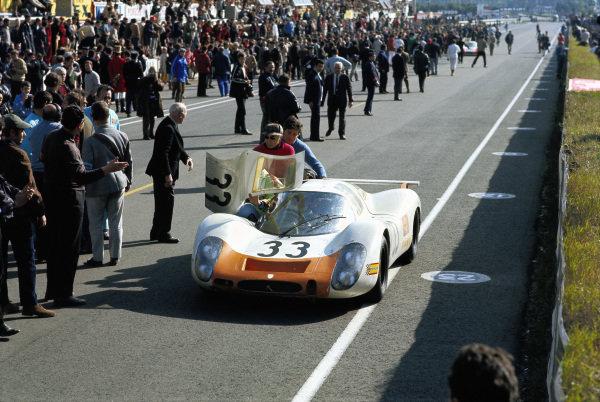 Rolf Stommelen / Jochen Neerpasch, Porsche System Engineering, Porsche 908.