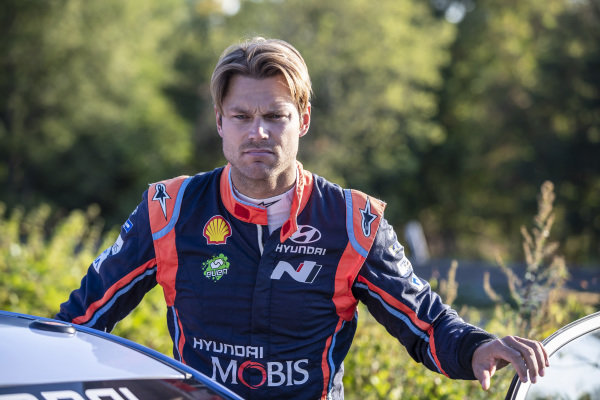 Andreas Mikkelsen is hoping for a big improvement in form and results on Rallye Deutschland