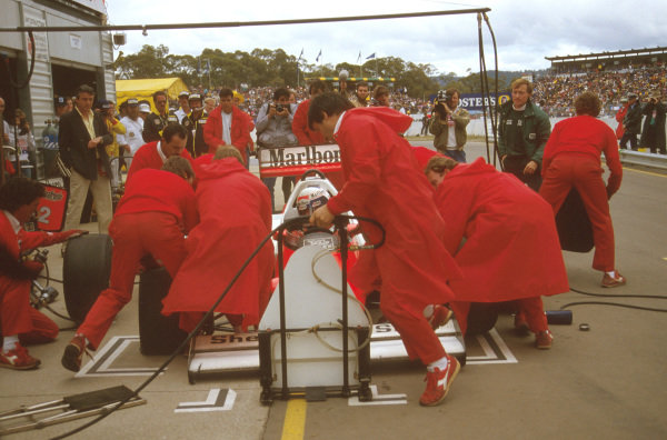 Adelaide, Australia.24-26 October 1986.Alain Prost (McLaren MP4/2C TAG Porsche) 1st position, takes a pitstop on the way to victory.Ref-86 AUS 19.World Copyright - LAT Photographic