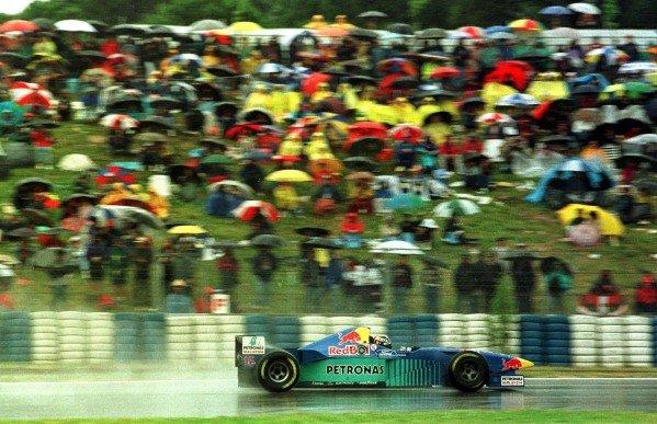 1996 Spanish Grand Prix.Catalunya, Barcelona, Spain.31/5-2/6 1996.Heinz-Harald Frentzen (Sauber C15 Ford) 4th position.World Copyright - LAT Photographic