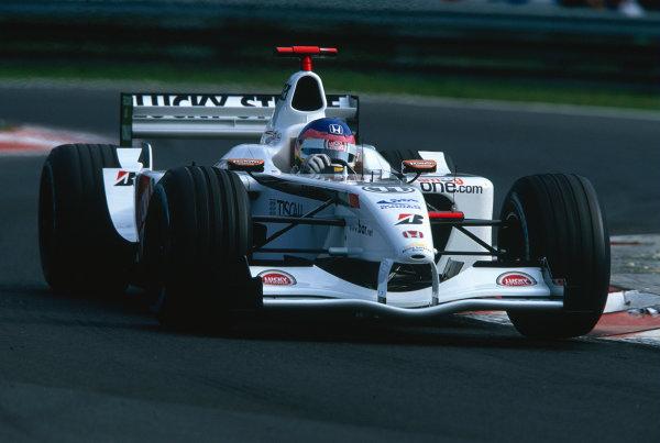 2002 Hungarian Grand Prix.Hungaroring, Budapest, Hungary. 16-18 August 2002.Jacques Villeneuve (B.A R. 004 Honda).Ref-02 HUN 42.World Copyright - Charles Coates/LAT Photographic
