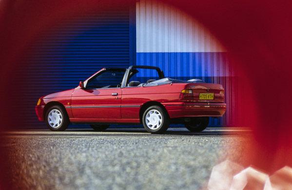 Ford Escort Cabrio EFi.