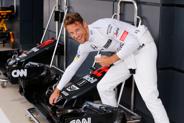 Silverstone, Northamptonshire, UK Friday 08 July 2016. Jenson Button, McLaren with a McLaren MP4-31 Honda nose in the pit lane. World Copyright: Steven Tee/LAT Photographic ref: Digital Image _X0W4886
