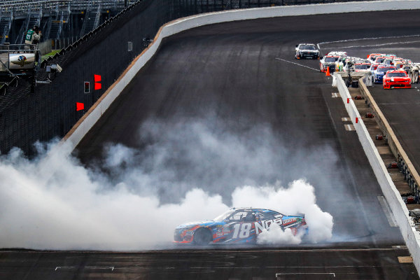 22-23 July, 2016, Indianapolis, Indiana USA Kyle Busch, NOS Energy Drink Toyota Camry, burnout, celebration ?2016, Michael L. Levitt LAT Photo USA