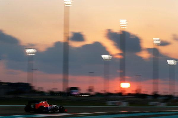 Yas Marina Circuit, Abu Dhabi, United Arab Emirates. Friday 27 November 2015. Roberto Merhi, Manor Marussia MR03 Ferrari. World Copyright: Charles Coates/LAT Photographic ref: Digital Image _99O7219