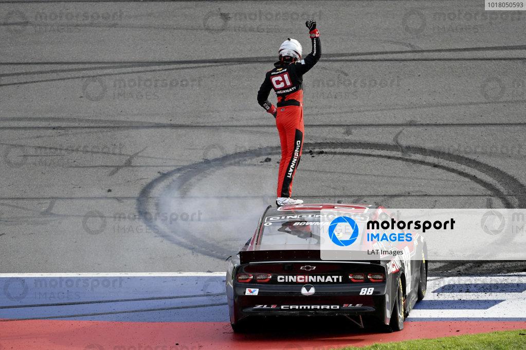 #88: Alex Bowman, Hendrick Motorsports, Chevrolet Camaro Cincinnati