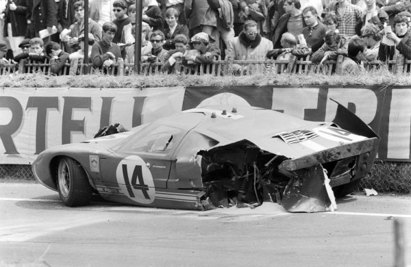 The wreckage of Peter Sutcliffe / Dieter Spoerry's Scuderia Filipinetti, Ford GT40.