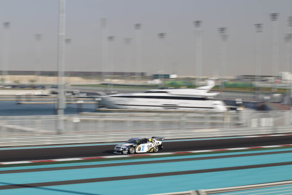 Yas Marina Circuit. Abu Dhabi, UAE.19th - 20th February 2010.Car 18, DJR, Dick Johnson Racing, Falcon FG, Ford, James Courtney, Jim Beam Racing.World Copyright: Mark Horsburgh/LAT Photographicref: Digital Image 18-Courtney-EV01-3208