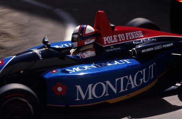 Brazilian Gil de Ferran, Paul Stewart Racing, finished the race in 6th place, one ahead of fellow countryman Rubens Barrichello. 39th Macau Grand Prix, Hong Kong. 22 November 1992.