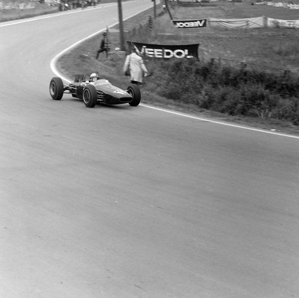 Kurt Ahrens Jr, Brabham BT16 Ford.