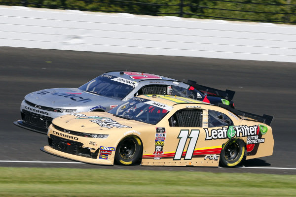 #11: Justin Haley, Kaulig Racing, Chevrolet Camaro LeafFilter and #9: Noah Gragson, JR Motorsports, Chevrolet Camaro Switch