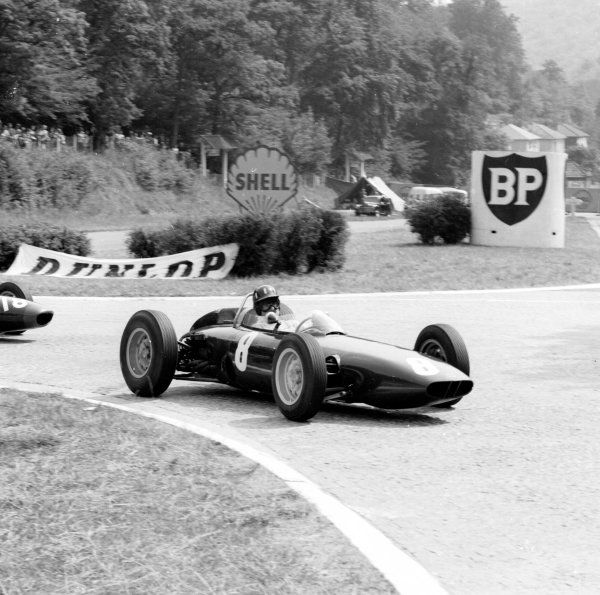 1962 French Grand Prix.Rouen-les-Essarts, France.6-8 July 1962.Graham Hill (BRM P57).Ref-14477.World Copyright - LAT Photographic