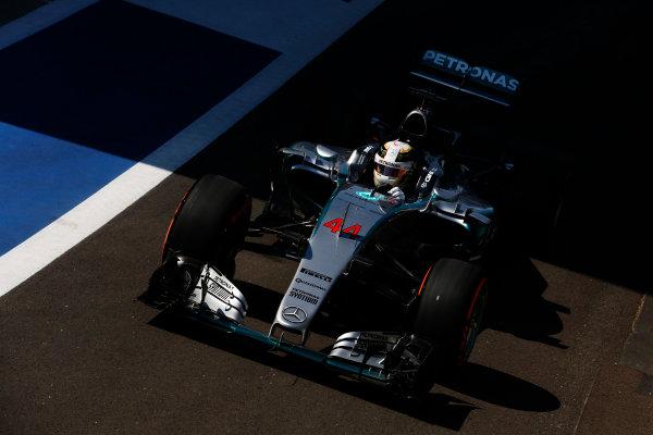 Silverstone, Northamptonshire, England. Friday 03 July 2015. Lewis Hamilton, Mercedes F1 W06 Hybrid. World Copyright: Alastair Staley/LAT Photographic. ref: Digital Image _79P9166