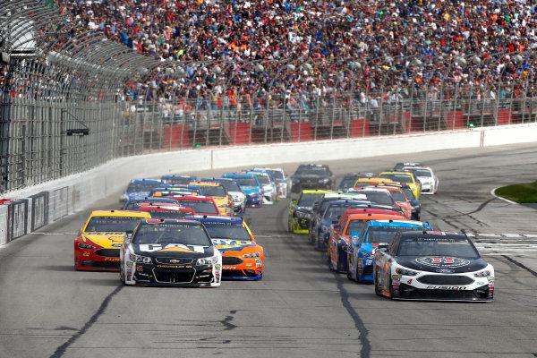 2017 Monster Energy NASCAR Cup Series - Fold of Honor QuikTrip 500 Atlanta Motor Speedway, Hampton, GA USA Sunday 5 March 2017 Kevin Harvick and Ryan Newman World Copyright: Lesley Ann Miller/LAT Images ref: Digital Image lam_170305ATL7220