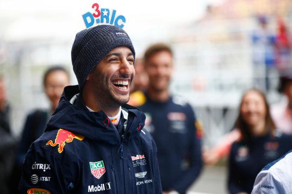 Shanghai International Circuit, Shanghai, China.  Sunday 09 April 2017. Daniel Ricciardo, Red Bull Racing.  World Copyright: Andy Hone/LAT Images ref: Digital Image _ONZ5741