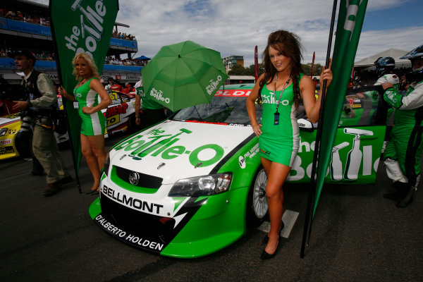 Clipsal 500, Adelaide Street Circuit.Australia. 19th - 22nd March 2009Tony D'Alberto of Rod Nash Racing during the Clipsal 500, event 01 of the Australian V8 Supercar Championship Series at the Adelaide Street Circuit, Adelaide, South Australia, March 21, 2009.World Copyright: Mark Horsburgh/LAT Photographicref: Digital Image V8_Clipsal500_092389